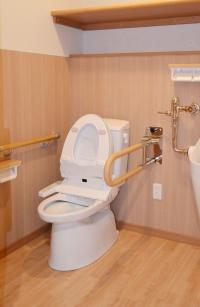 共用トイレ
